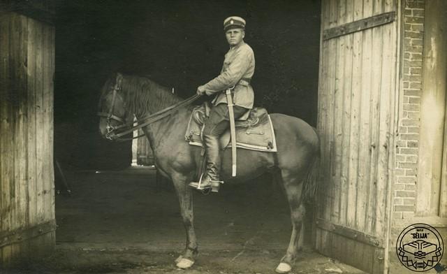 Jānis Reguts karadienestā